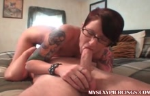 Nerdy emo bitch giving and getting oral pleasure