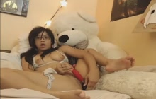 Naughty Asian chick toying her pussy on camera